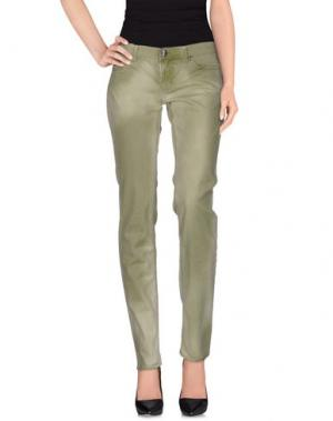 Повседневные брюки LOVE SEX MONEY. Цвет: зеленый-милитари