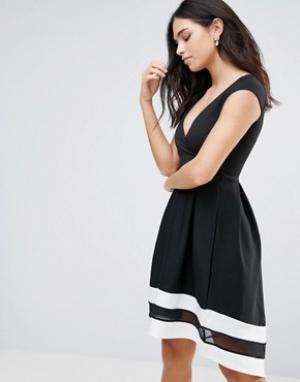 Jessica Wright Короткое приталенное платье с короткими рукавами и контрастной отделко. Цвет: черный