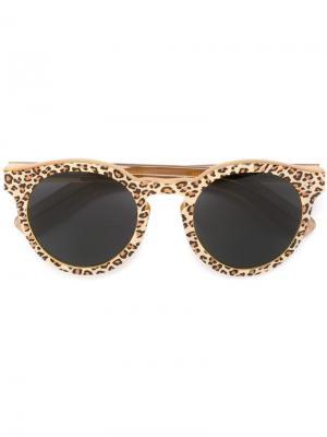 Солнцезащитные очки Leonard II Illesteva. Цвет: телесный
