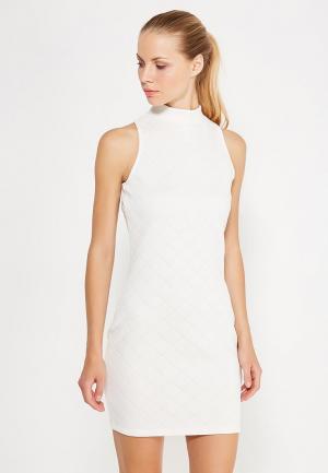 Платье adidas Originals. Цвет: белый
