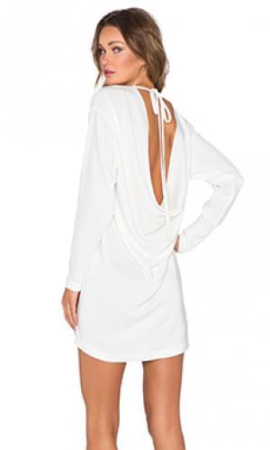 Платье open back drape KES. Цвет: белый