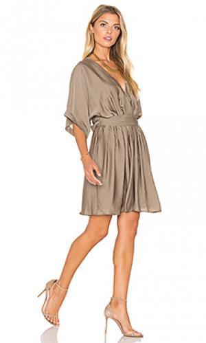 Мини платье с завязкой на талии короткий рукав IKKS Paris. Цвет: оливковый