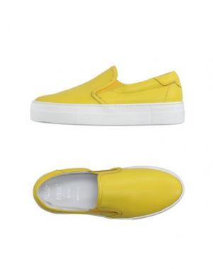 Низкие кеды и кроссовки NBR¹. Цвет: желтый