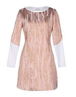 Короткое платье GOOD ON HEELS. Цвет: розовый