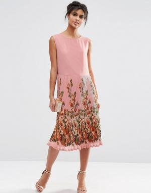 ASOS Платье миди со складками и принтом на юбке. Цвет: мульти