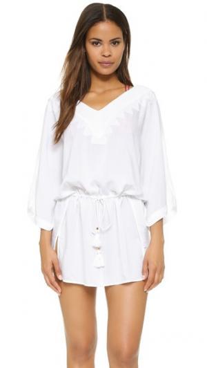 Однотонный белый восточный халат Romance ViX Swimwear. Цвет: белый