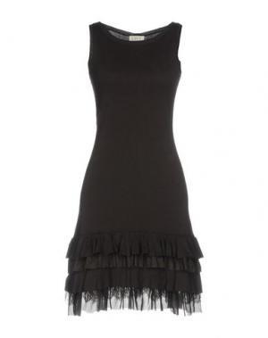 Короткое платье LIST. Цвет: темно-коричневый