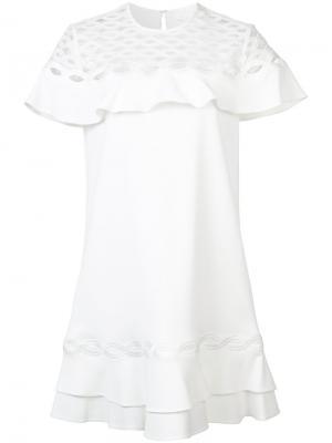 Платье с аппликацией и оборками Jonathan Simkhai. Цвет: белый