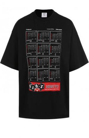 Хлопковая футболка свободного кроя с принтом Vetements. Цвет: черный