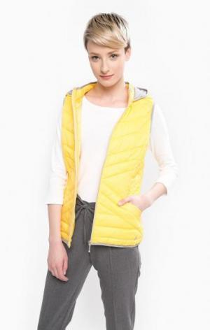 Желтый жилет с капюшоном TOM TAILOR. Цвет: желтый
