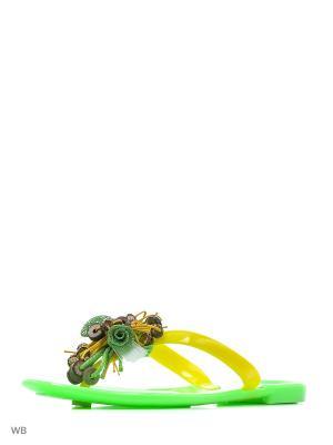 Пантолеты Mon Ami. Цвет: зеленый