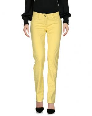 Повседневные брюки BETTY BLUE. Цвет: желтый