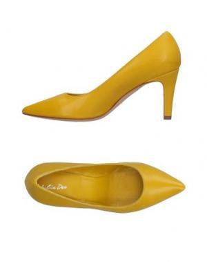 Туфли J|D JULIE DEE. Цвет: желтый