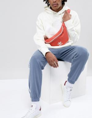 Adidas Originals Красная сумка-кошелек на пояс adicolor CW0611. Цвет: красный