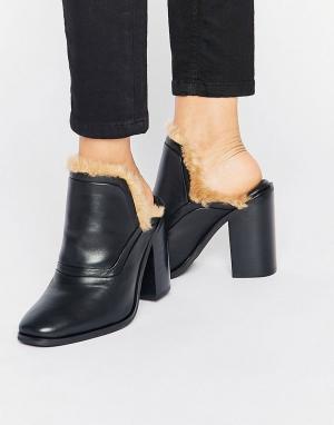 Sol Sana Кожаные сабо на каблуке с искусственным мехом Fever. Цвет: черный