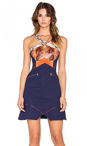 Приталенное и расклешенное платье sepentine Three Floor. Цвет: синий