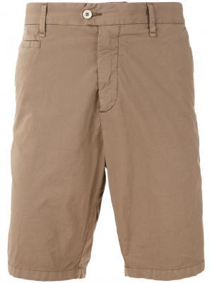 Классические шорты Perfection. Цвет: коричневый