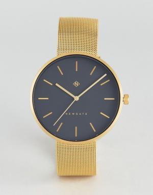 Newgate Золотистые часы с сетчатым браслетом Drumline. Цвет: золотой