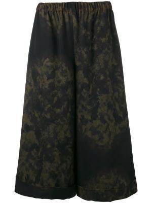 Широкие брюки с рисунком Comme Des Garçons. Цвет: зелёный