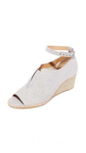 Туфли на каблуке Toto Zero + Maria Cornejo. Цвет: голубой