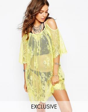 Spiritual Hippie Кружевное пляжное платье с открытыми плечами. Цвет: желтый