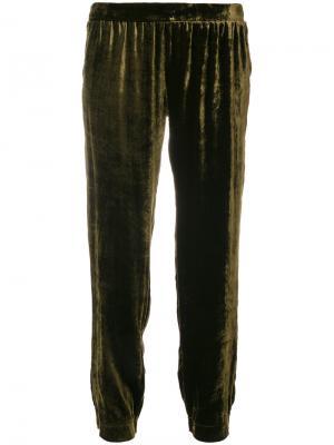 Присборенные бархатные брюки Roberto Collina. Цвет: зелёный