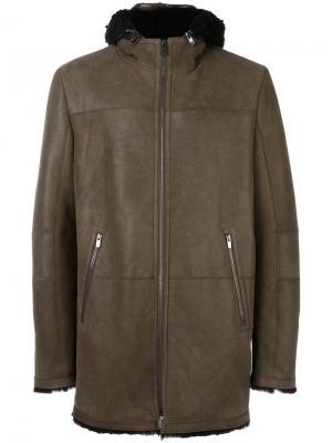 Пальто из овчины Drome. Цвет: коричневый