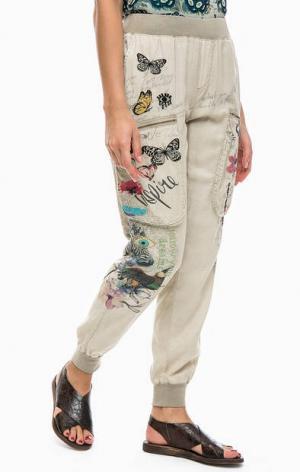 Бежевые брюки на резинке Desigual. Цвет: бежевый