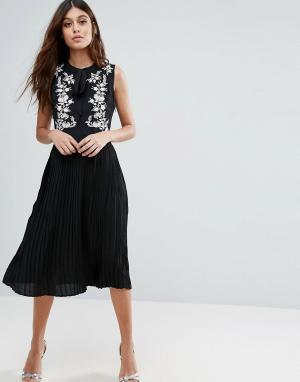 Little White Lies Короткое приталенное платье с вышивкой Anouk. Цвет: черный