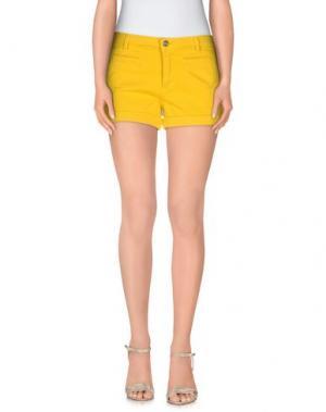 Повседневные шорты FIORUCCI. Цвет: желтый