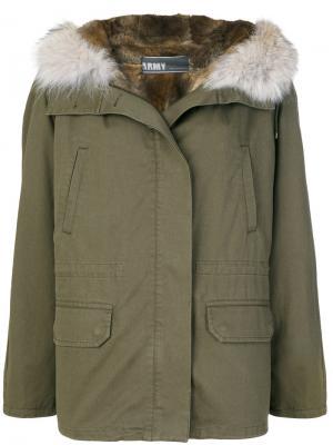 Пальто-парка Army Yves Salomon. Цвет: зелёный