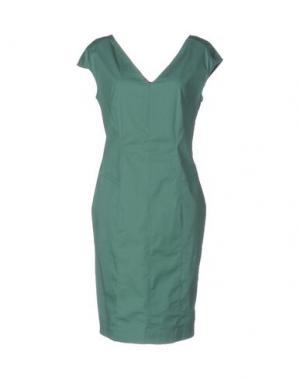 Короткое платье ALVIERO MARTINI 1a CLASSE. Цвет: зеленый