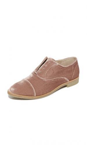 Ботинки на шнурках Cooper из бархата Dolce Vita. Цвет: розовый