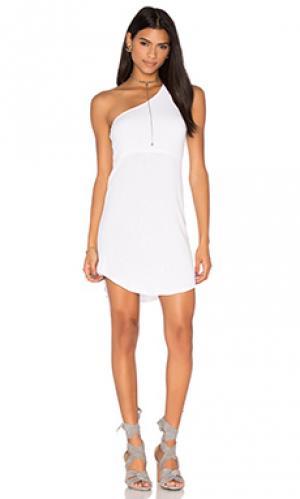 Платье skip Riller & Fount. Цвет: белый