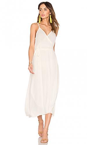 Платье SAM&LAVI. Цвет: белый