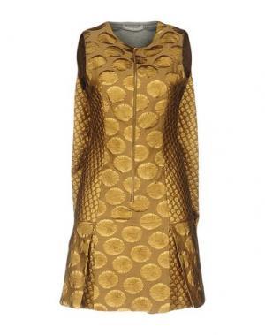 Короткое платье RICHARD NICOLL. Цвет: хаки