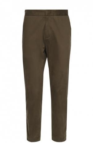 Хлопковые брюки с заниженной линией шага Moncler. Цвет: хаки