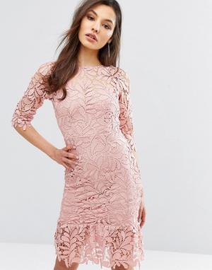Paper Dolls Кружевное платье миди с баской по краю и рукавом 3/4. Цвет: розовый