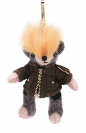 Брелок Thomas Bear в куртке с аппликацией Pallas Heads Burberry. Цвет: розовый