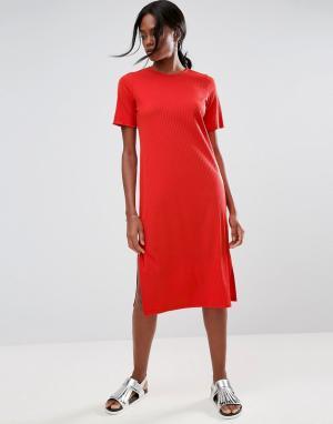 ASOS Платье-футболка миди в крупный рубчик. Цвет: красный