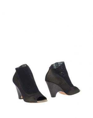 Ботинки STRATEGIA. Цвет: черный