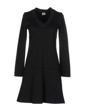 Короткое платье SIYU. Цвет: свинцово-серый