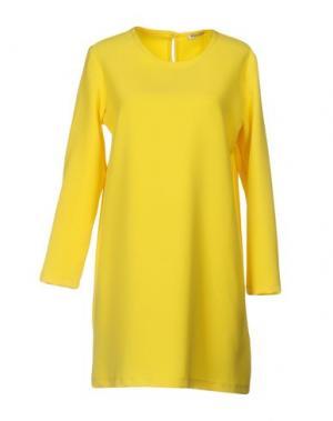 Короткое платье ANGELA MELE MILANO. Цвет: желтый