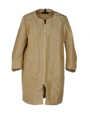 Легкое пальто AQUARAMA. Цвет: хаки