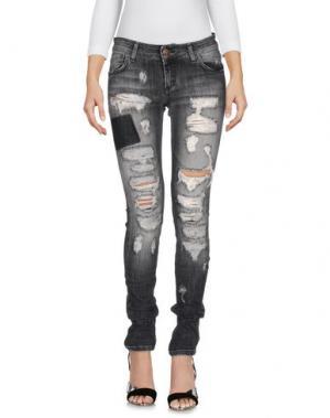 Джинсовые брюки DERRIÉRE. Цвет: серый