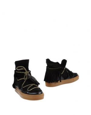 Полусапоги и высокие ботинки SVNTY. Цвет: черный