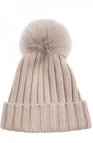 Вязаная шапка с меховым помпоном Nima. Цвет: бежевый