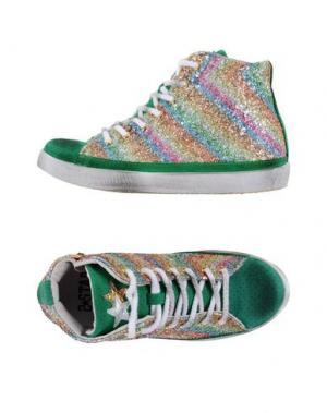 Высокие кеды и кроссовки 2STAR. Цвет: зеленый