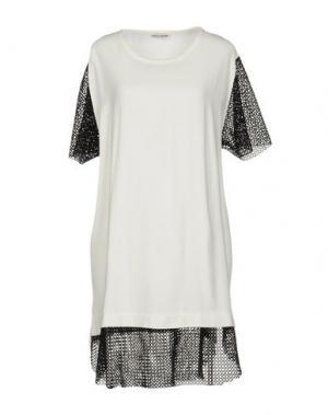 Короткое платье MARTA MARTINO. Цвет: белый