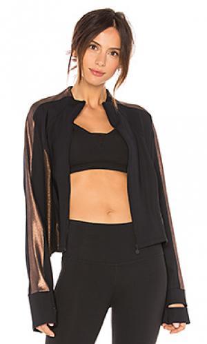 Куртка на молнии soleil Beyond Yoga. Цвет: черный